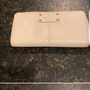 KATE SPADE winter white wallet euc